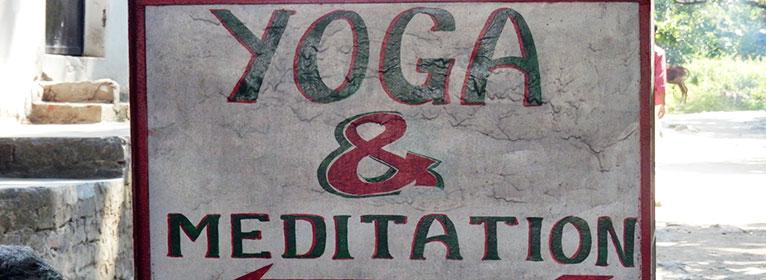 Achtsamkeit bei Yoga und Meditation schafft eine großartige Verbindung